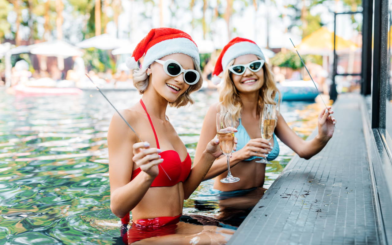 Winter pool Arizona holiday 2021