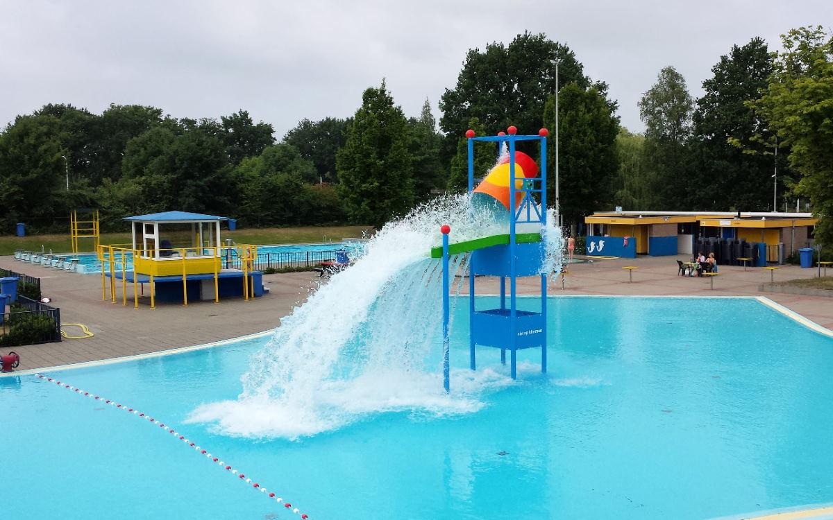 swimming pool chlorine