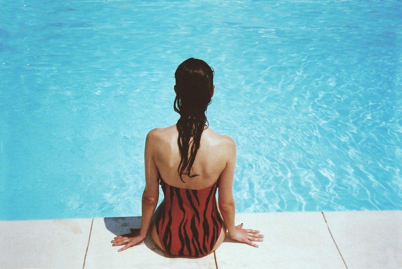 clean summer pool